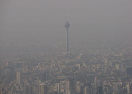 اعتراض به بیتدبیری مسئولین درباره آلودگی هوا