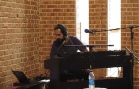 موسیقی آکوستیک و الکترونیک مکملاند
